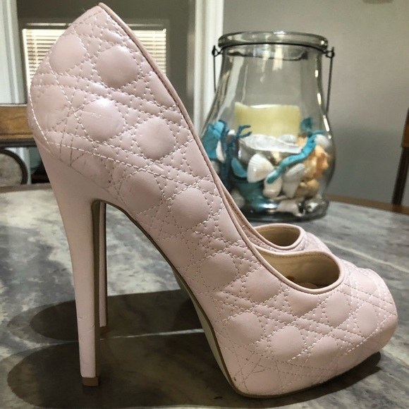 JustFab Shoes - Light pink Just Fabulous 5 1/2 inch Size 9